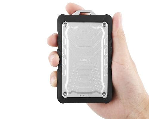 batería externa todoterreno Aukey barata, baterías externas baratas, chollos en baterías externas, ofertas en baterías externas