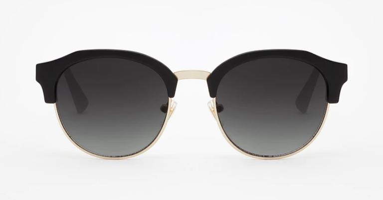 ¡TOMA CHOLLO! Gafas de sol Hawkers Classic Rounded solo 17,99 euros. 60% de descuento.