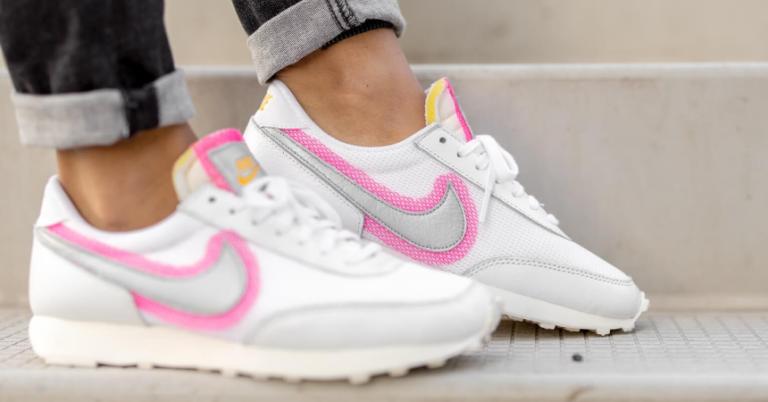 ¡TOMA CHOLLO! Zapatillas Nike Daybreak para mujer solo 43,50 euros. 56% de descuento.