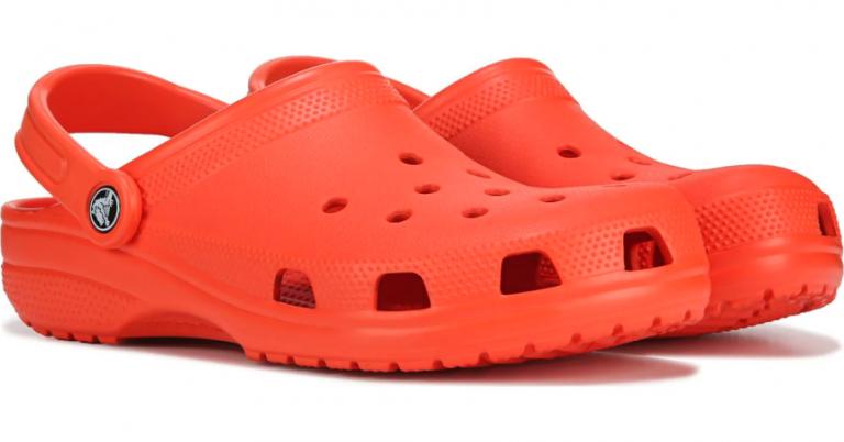 ¡TOMA CHOLLO! Zuecos Crocs Classic Clog K para niños solo 15,33 euros. 48% de descuento.