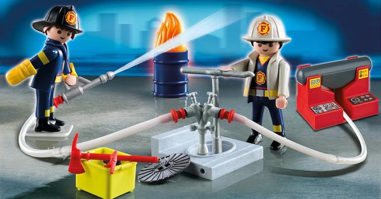 ¡TOMA CHOLLO! Playmobil City Action Bomberos con Bomba de Agua solo 7,63 euros. 50% de descuento.